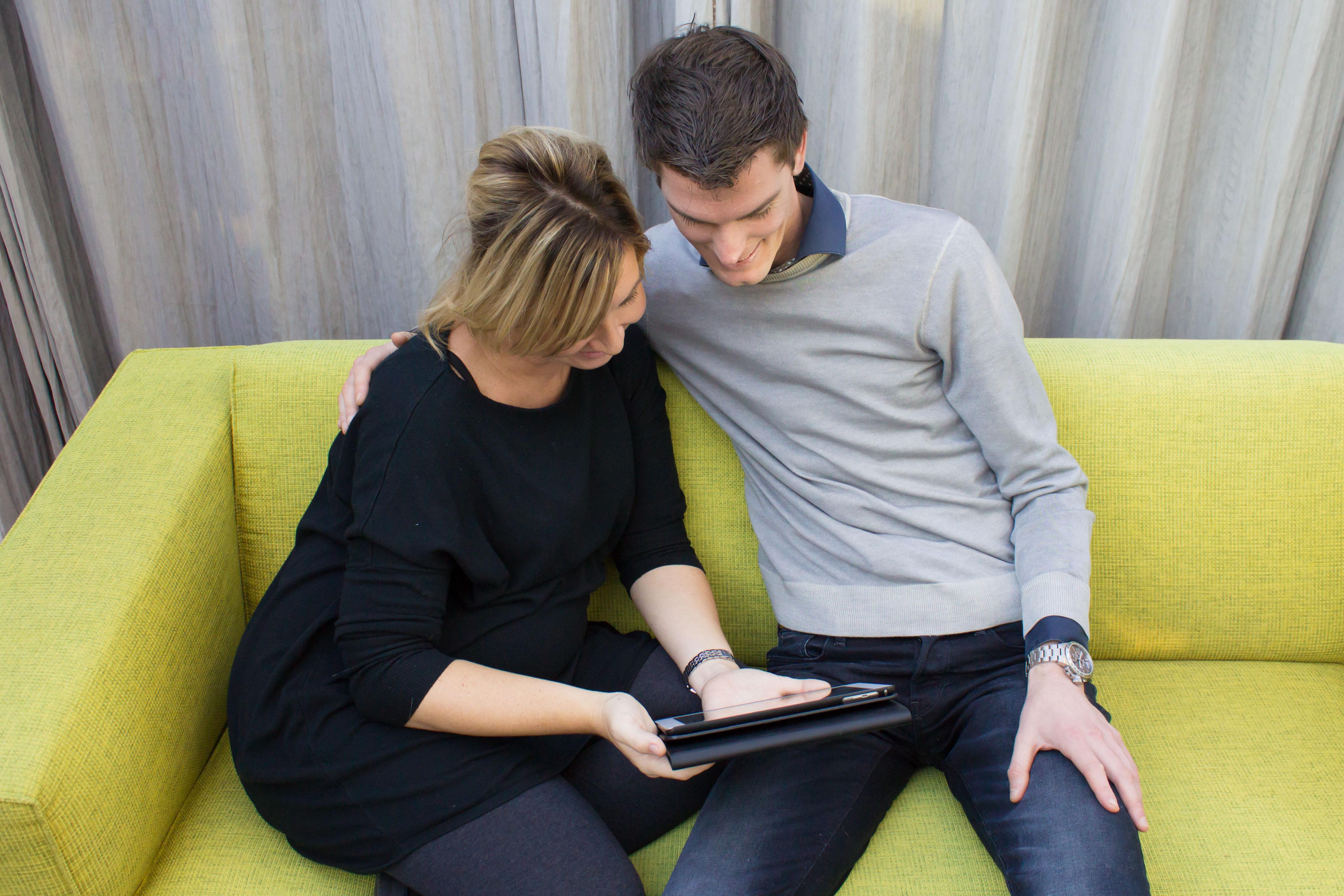 hoe vroeg kan een dating echografie worden gedaan Evan en Dodie dating